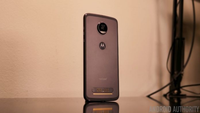 Hands-on with the Moto Z2 Play
