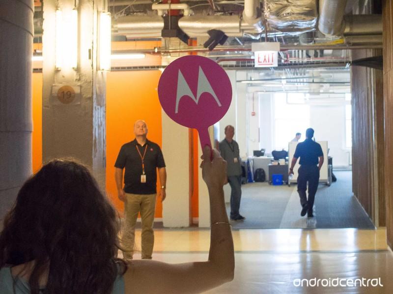 Motorola-Headquarters-4.jpg?itok=9V7AuDD
