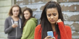 1 in 5 teenagers have been bullied online, cyberbullying statistics suggest