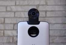 Motorola's latest Moto Mod is a snap-on 360-degree camera