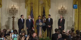 Apple supplier Foxconn announces plan for Wisconsin display factory