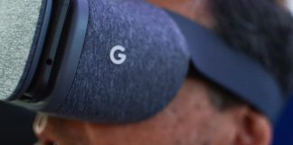 Google added two Samsung Galaxy-class smartphones to its Daydream VR list