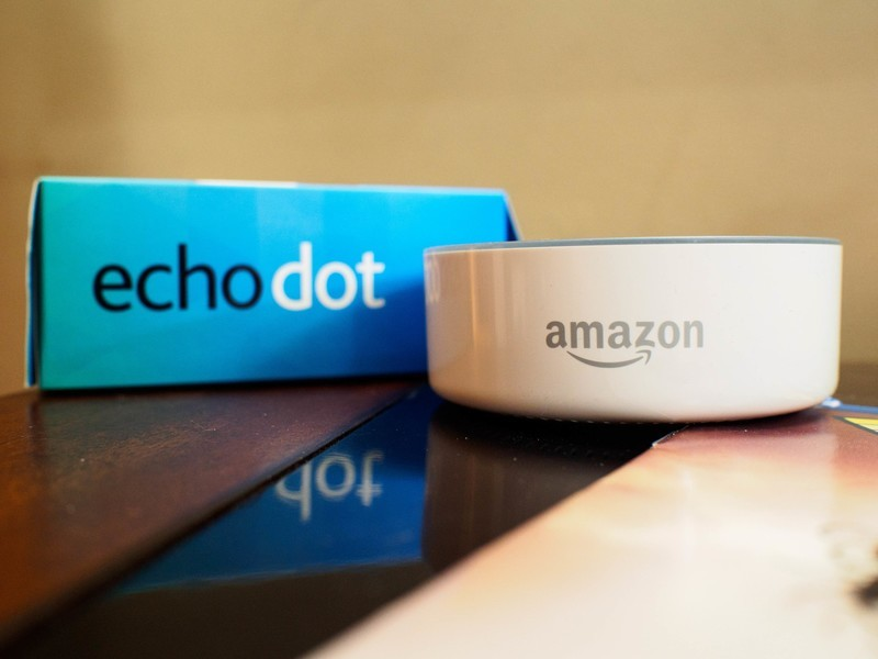 echo-dot-box.jpg?itok=UQvtGNZ8