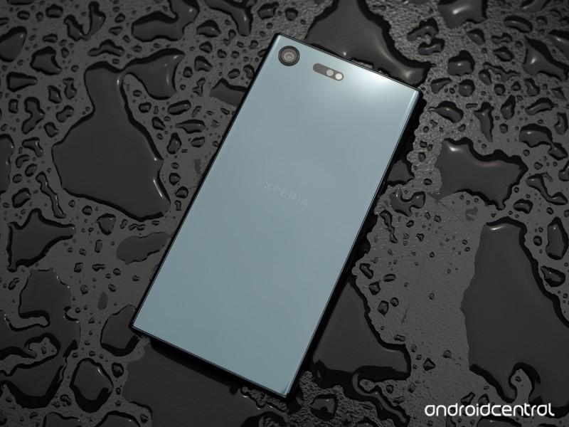 sony-xperia-xz-premium-black-4.jpg?itok=
