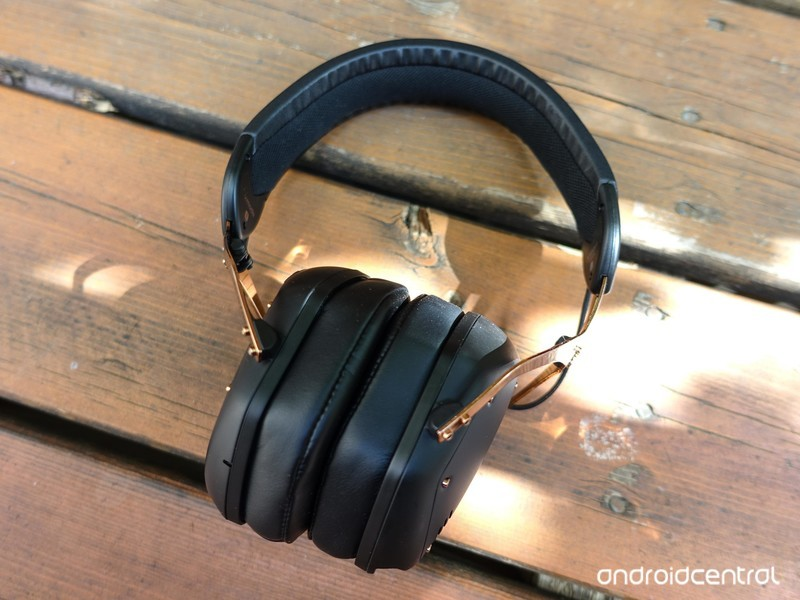 v-moda-crossfade-2-wireless-10.jpg?itok=