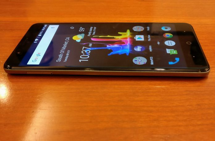 Hands on with a potentially game-changing budget phone – Metro's ZTE Blade Z Max