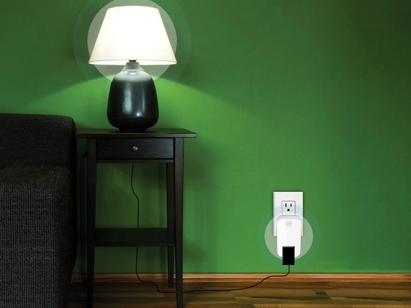 dlink-smart-plug.jpg?itok=I2sU1K2V