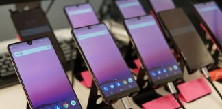 Essential Phone vs. Galaxy S8: Can a newcomer beat the reigning champ?