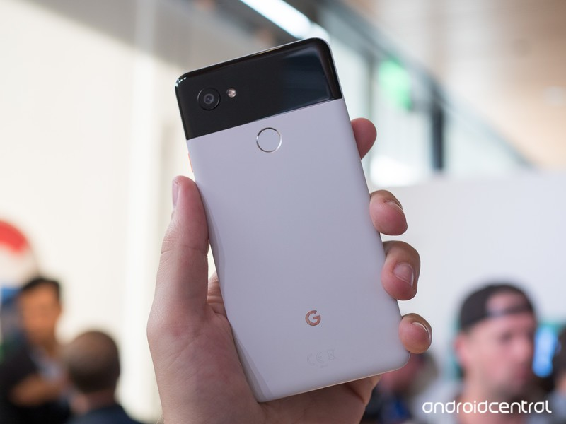 google-pixel-2-xl-white-hands-on-4.jpg?i