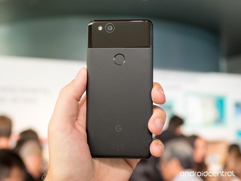 google-pixel-2-black-3.jpg?itok=9iv8OJD3