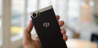 The Motion, TCL's first full-touchscreen Blackberry, due later this year