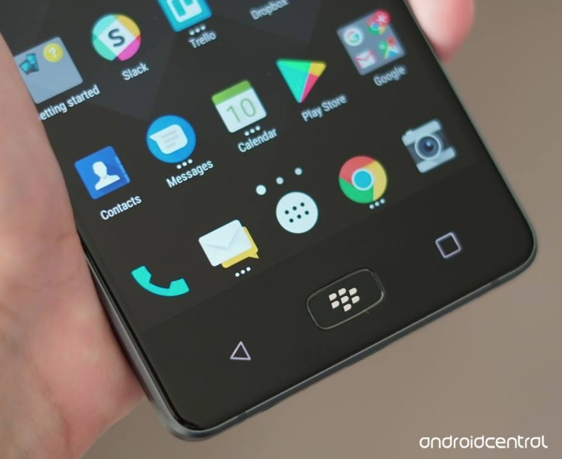 blackberry-motion-proper-2.jpg?itok=6svj