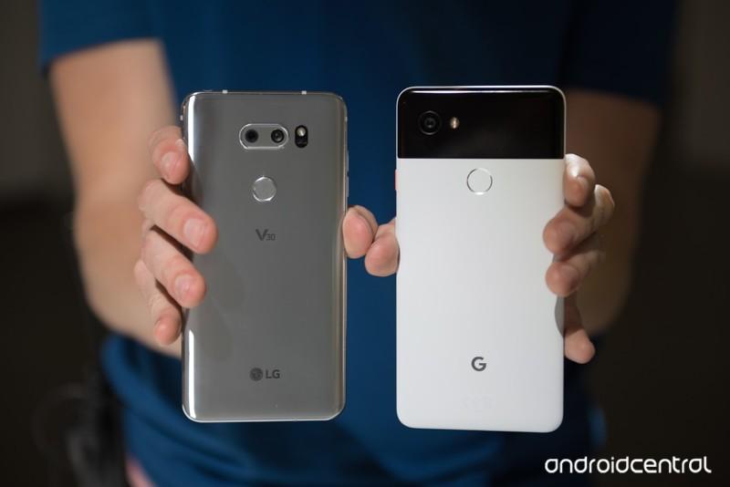 google-pixel-2-xl-lg-v30-8.jpg?itok=VX4-