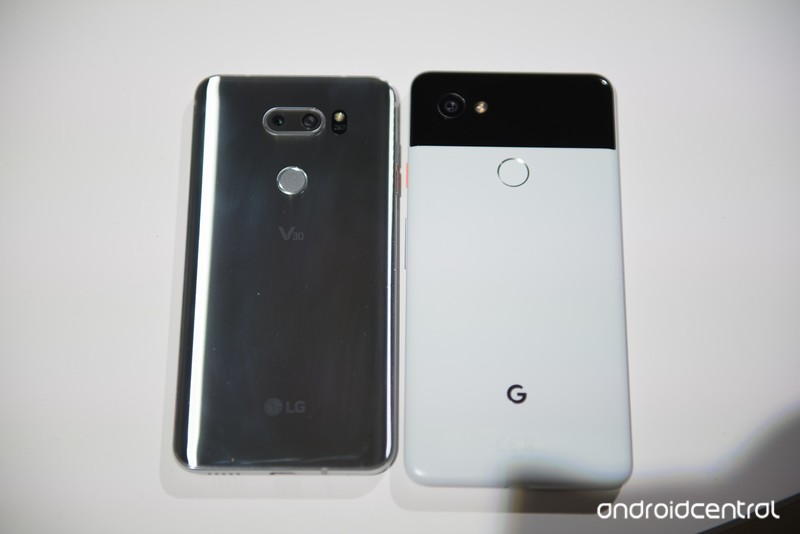 google-pixel-2-xl-lg-v30-3.jpg?itok=XzUi
