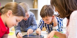 20 Android and iOS apps for kids to keep them entertained (and quiet)