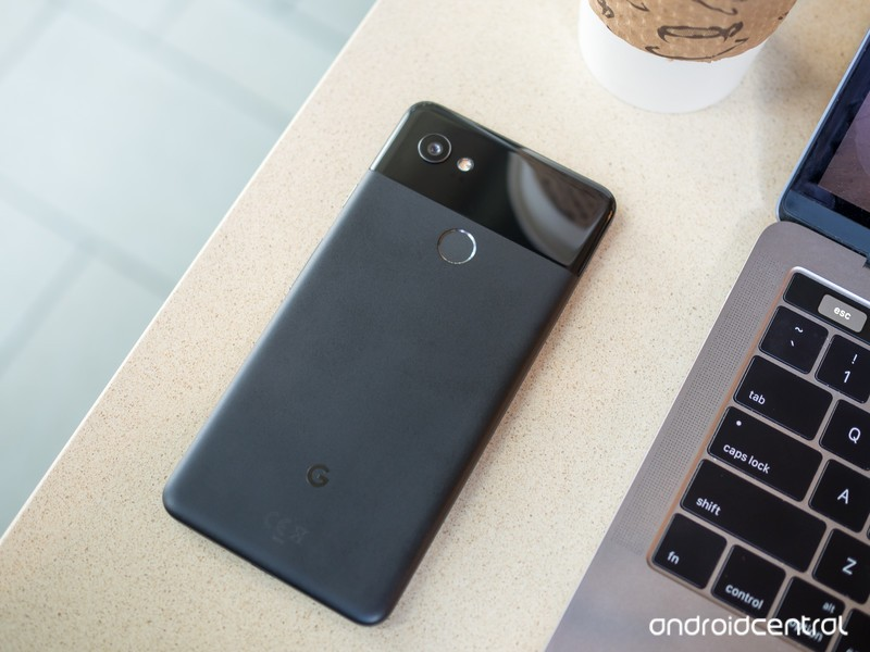 google-pixel-2-xl-black-on-table.jpg?ito