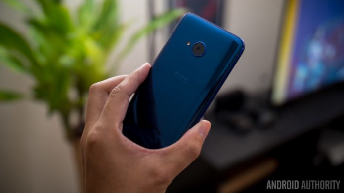 HTC U11 Life hands-on: Don't dismiss this phone too quickly
