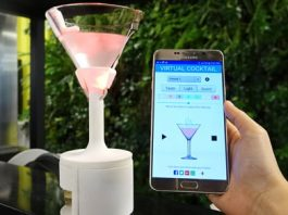 This cocktail glass lets you customize your drink's flavor using an app