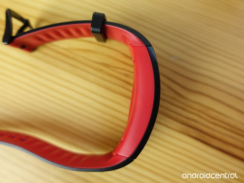 Samsung-Gear-Fit2-Pro-review-2_0.jpg?ito