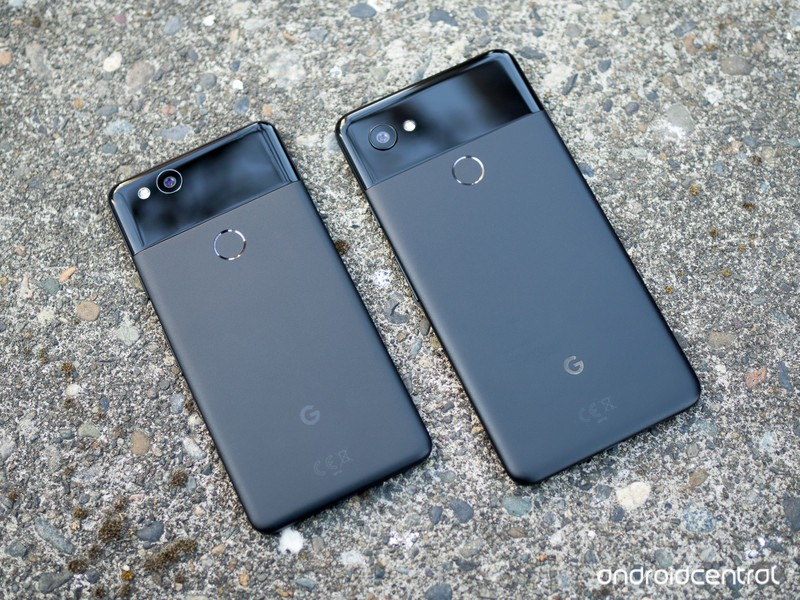 google-pixel-2-and-2-xl-black-1.jpg?itok