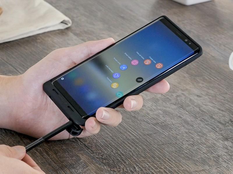 Samsung-Galaxy-Note-8-Mophie_0.jpg?itok=