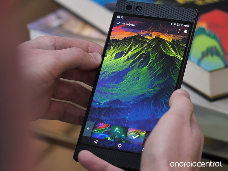 razer-phone-review-8.jpg?itok=H7HyqSX5