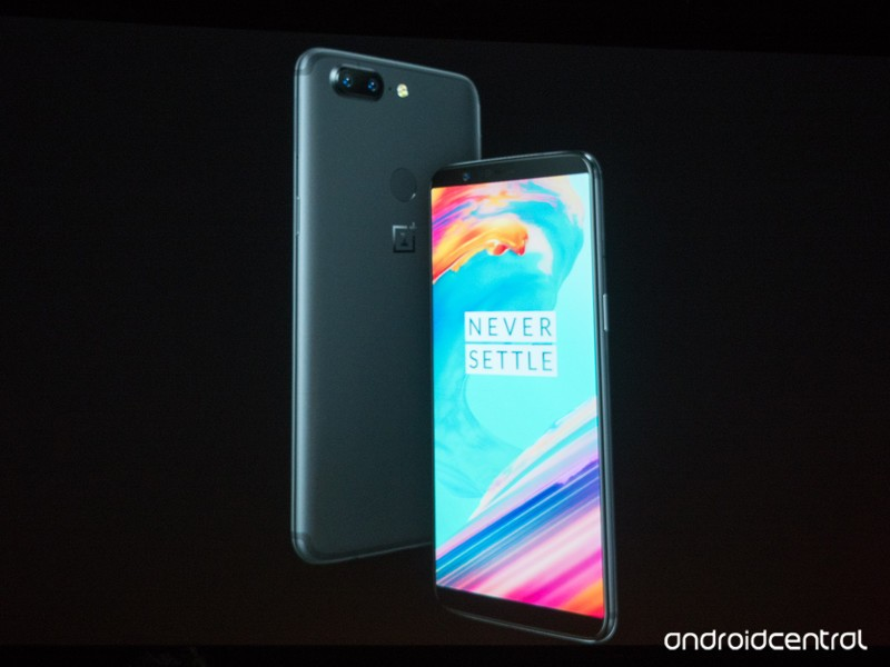 oneplus-5t-launch-photo.jpg?itok=tHbqnRx