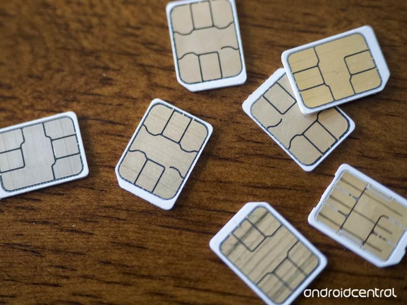 sim-cards-pile-hero-1.jpg?itok=2jWyxFOf