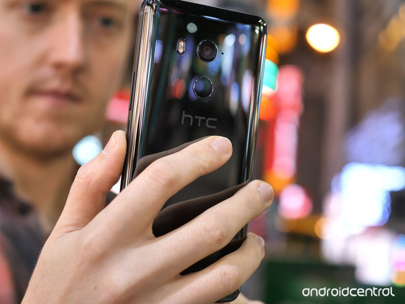 htc-u11-plus-review-6.jpg?itok=GWPtTK2o