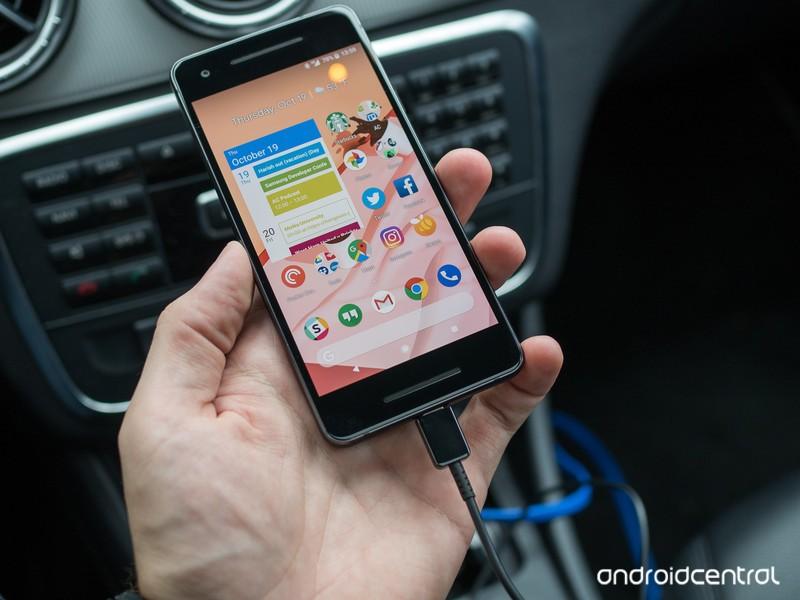google-pixel-2-car-charger-3.jpg?itok=E0