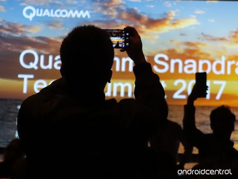 snapdragon-summit-2017.jpg?itok=BwJ8TtPK