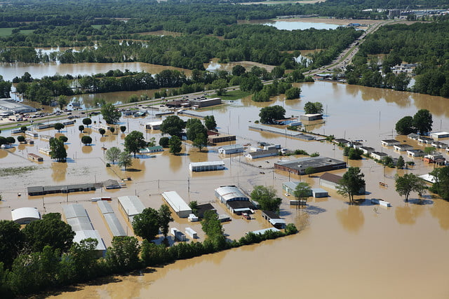 Keep yourself and your family safe with these 10 ways to prepare for a flood