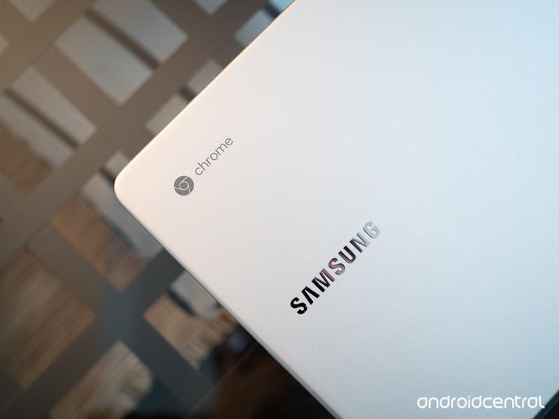 samsung-chromebook-pro-lid.jpg?itok=Wn5H