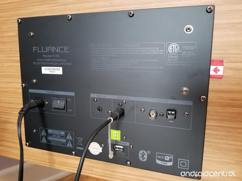 fluance-fi-70-rear-panel-109f1.jpg?itok=