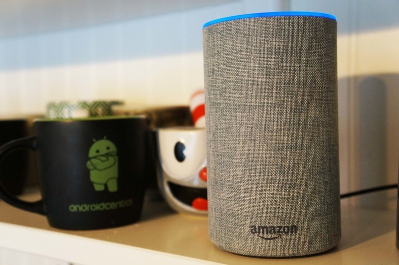 amazon-echo-canada-guide-02.jpg?itok=o9o