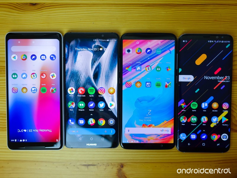6-inch-phones-3.jpg?itok=WrlTPXiZ