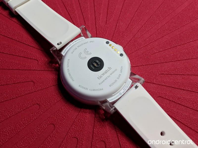 ticwatch-e-back-red.jpg?itok=2vMgrlej