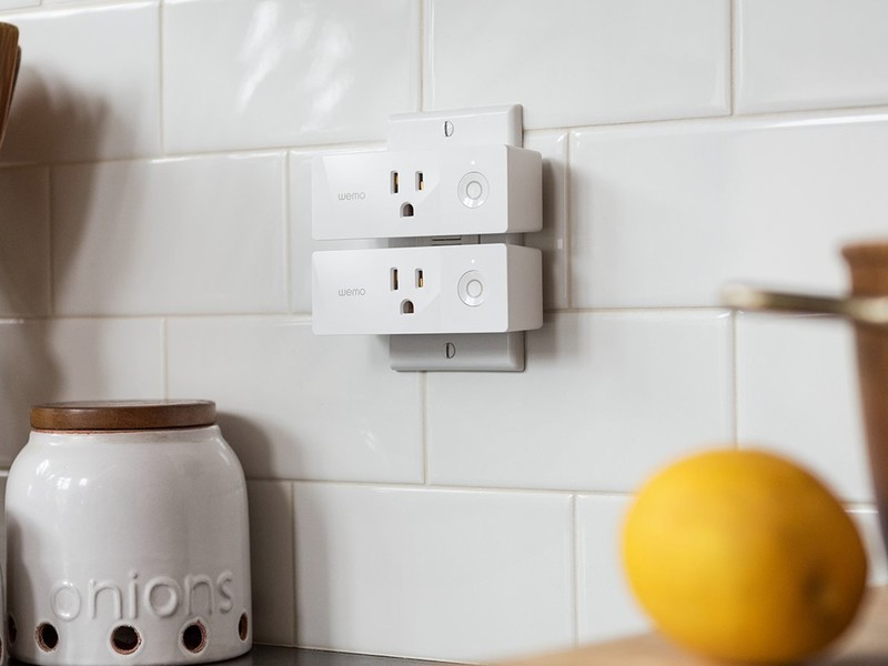 wemo-mini-smart-plugs-large.jpg?itok=81f