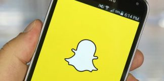 A million Snapchatters protest app redesign but CEO sticks by it