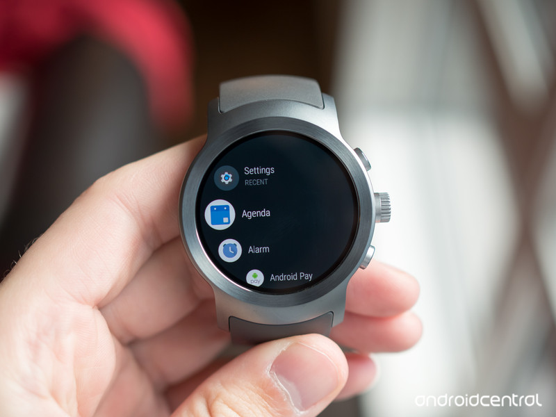 lg-watch-sport-android-wear-app-drawer.j