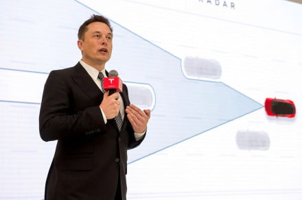 Elon Musk calls for colony on Mars to prevent new dark age