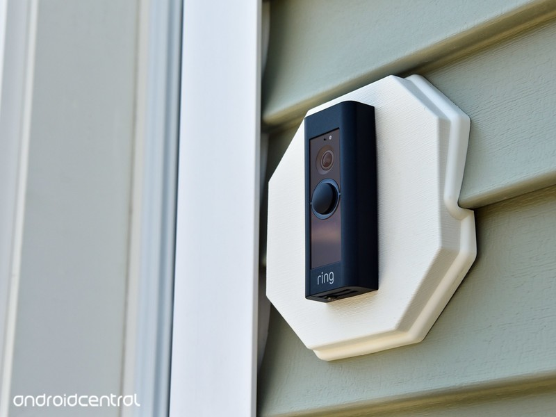 ring-video-doorbell-outside.jpg?itok=dyA