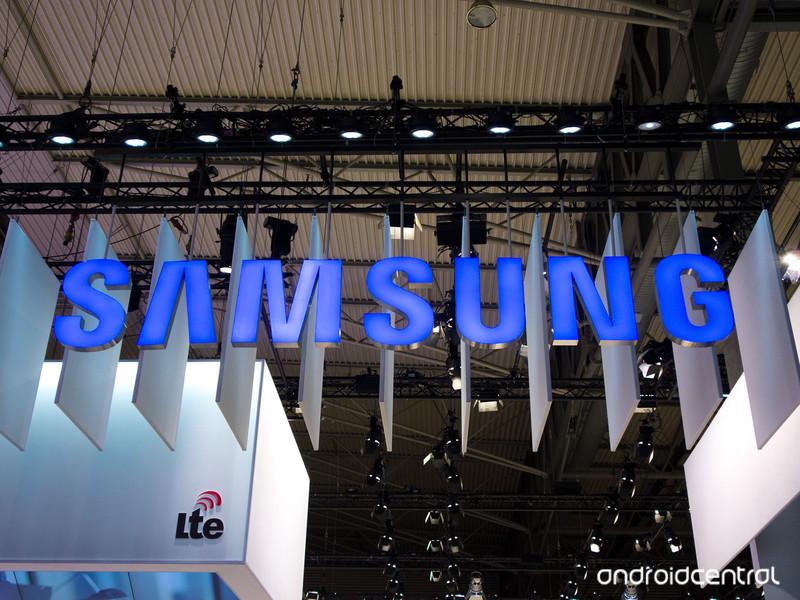 samsung-mwc14-lte.jpg?itok=vJdtxeAw