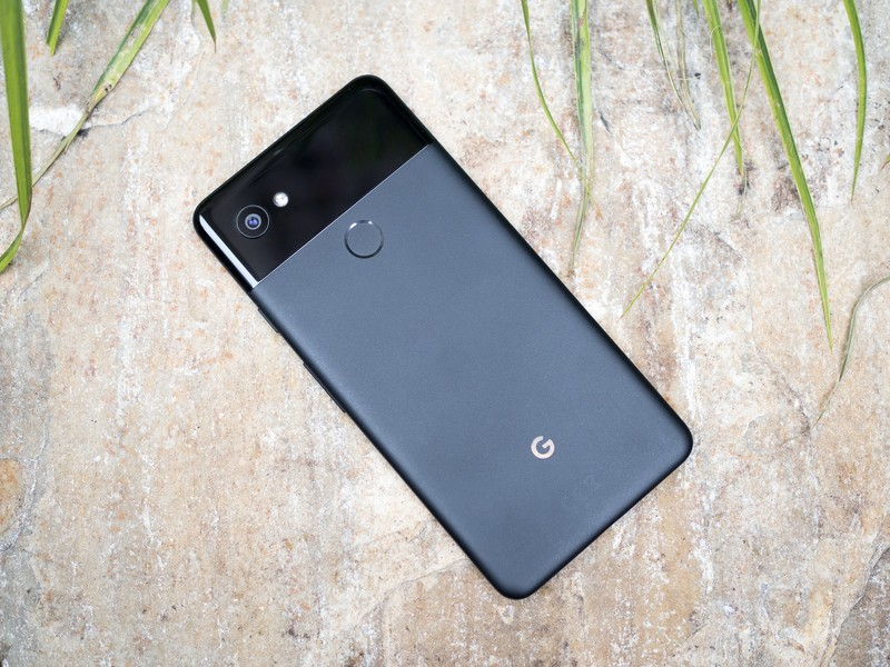 google-pixel-2-xl-black-full-back.jpg?it