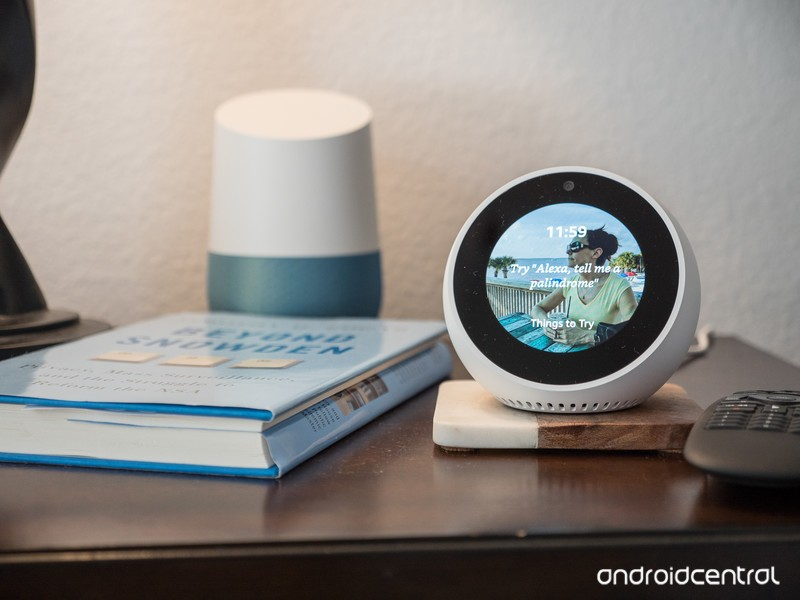 amazon-echo-spot-2.jpg?itok=degnF9tM