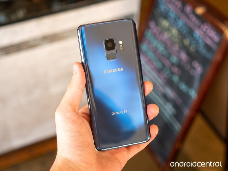 galaxy-s9-review-hayato-2.jpg?itok=yjkIt