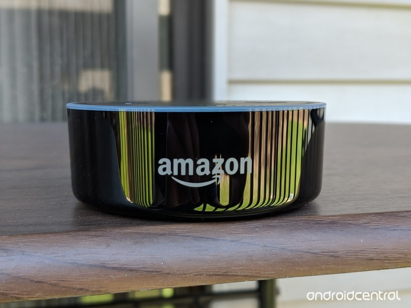 amazon-echo-dot-outside.jpg?itok=a05GS6Z