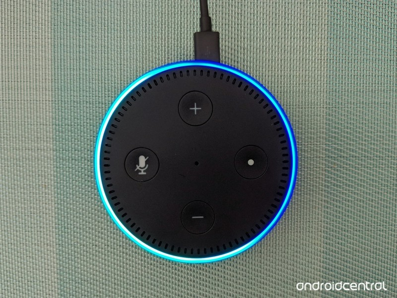 amazon-echo-dot-bluish-background.jpg?it