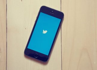 Twitter urges its users to change their passwords due to a bug