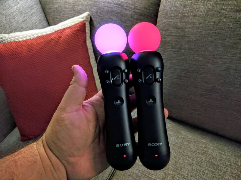 playstation-move.jpg?itok=NnBKv1oy